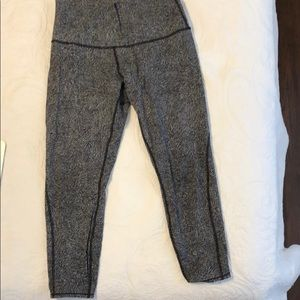 Sz 12 lululemon winder under (hi-rise) mesh pants